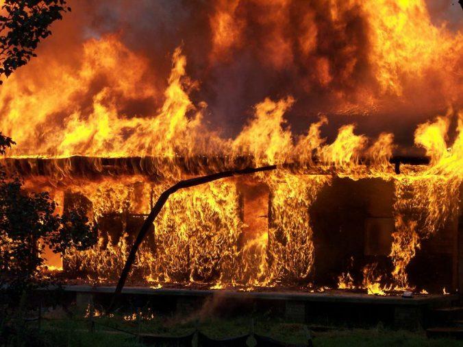 Drabble: Heiße Wette mit Feuerlöscher